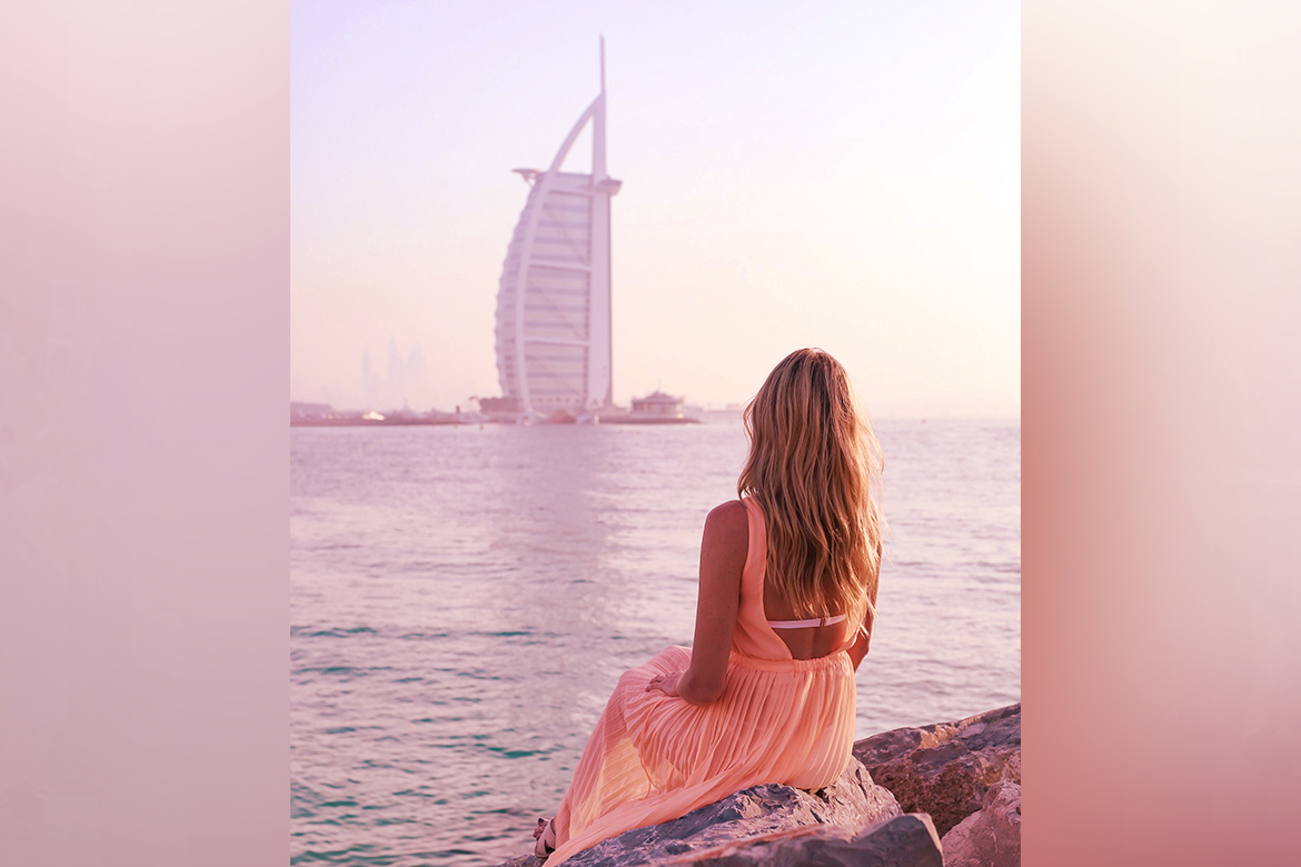 women in dubai - WomensByte