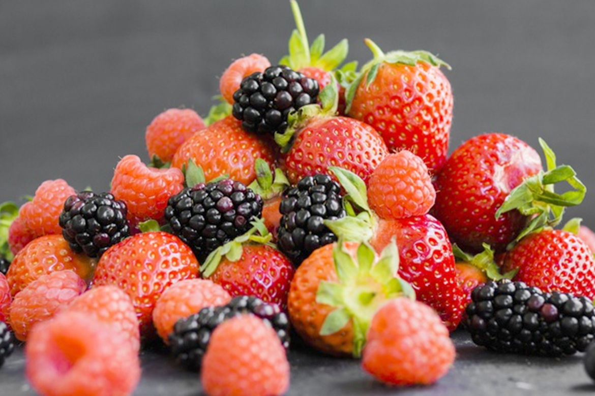 8 Fruits To Eat During Pregnancy For Fair Babies: Diet Tips And What To Eat  ?