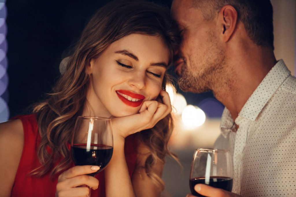 go on date night - WomensByte