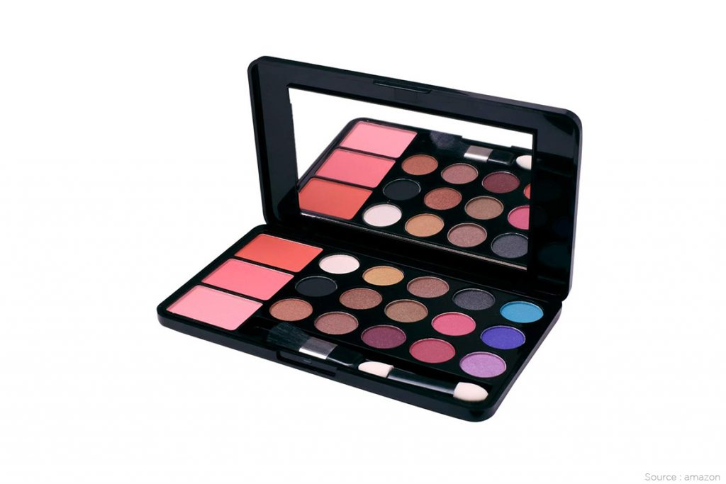 X LUK makeup kit - WomensByte
