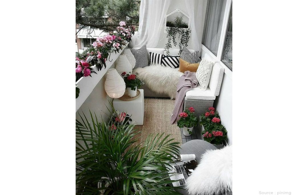 Do some decorations with textures and patterns - WomensByte